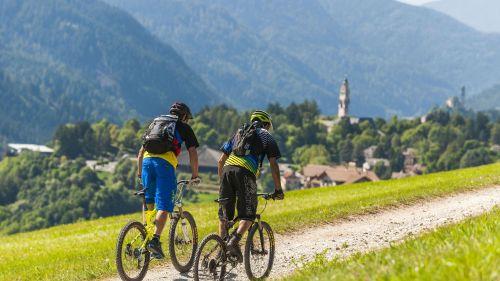 La pista ciclabile delle Dolomiti di Fiemme e Fassa riapre ufficialmente il 30 aprile