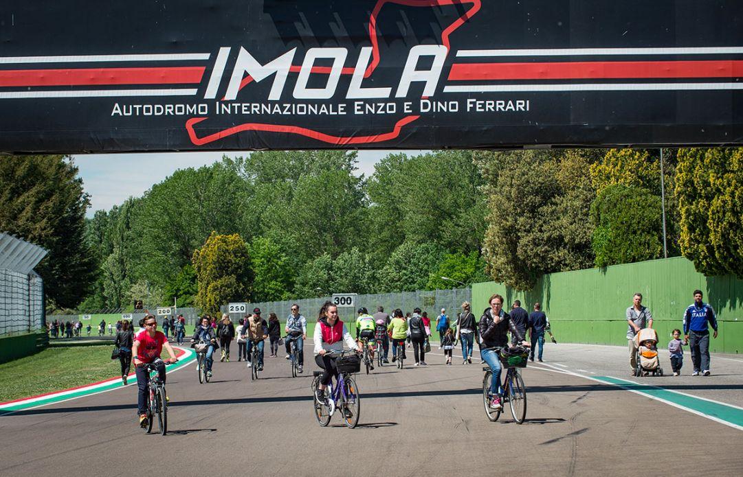Imola   Autodromo in bici